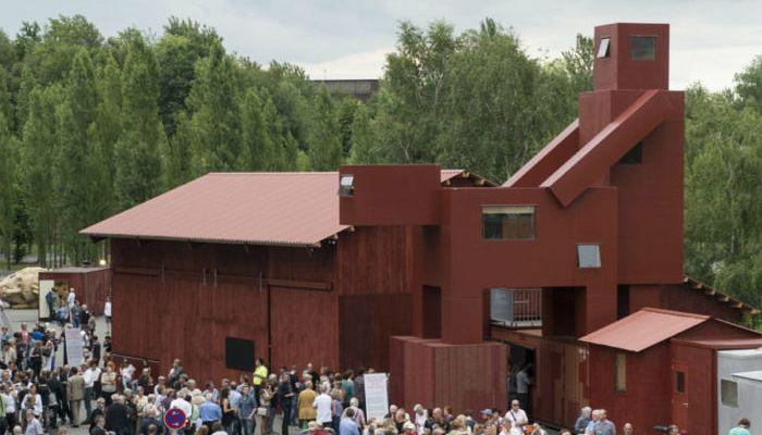 Atelier-Joep-van-Lieshout-gebouw